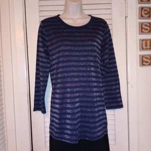 NEW SIZE M GAP DESIGN & CRAFTED WOMAN TOP